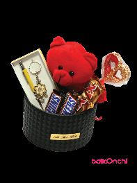 باکس هدیه خرس عروسکی، ست زنانه، تاپر قلب و شکلات و شامپاین 2