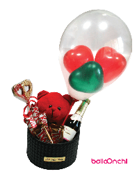 باکس هدیه خرس عروسکی، شمع قلبی و شکلات و شامپاین