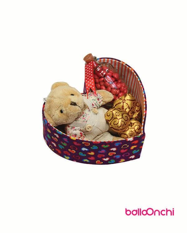 پکیج خرس، اسمارتیز و شکلات درجعبه قلبی