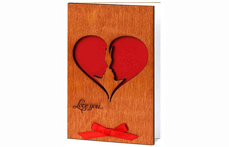 ارسال کارت تبریک چوبی برای هدیه از راه دور یا شهر و کشوری دیگر